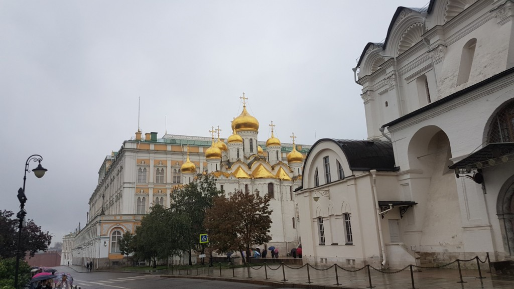 Moskou, Zijaanzicht verkondigingskathedraal, Backpackjunkies