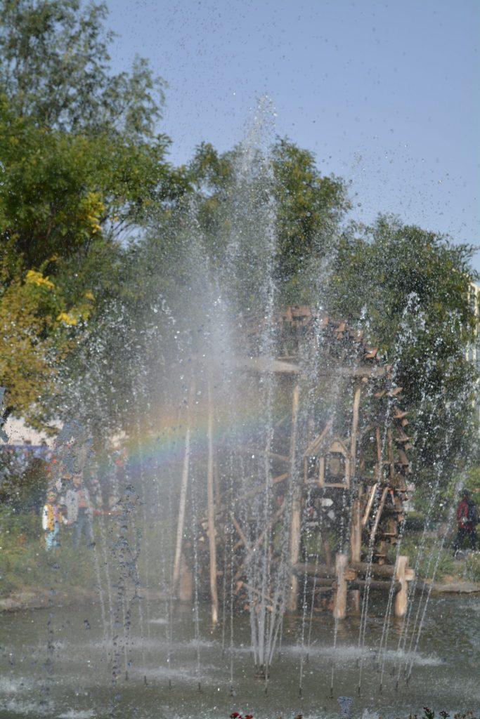 Lanzhou, Waterwheel Garden, Backjunkies