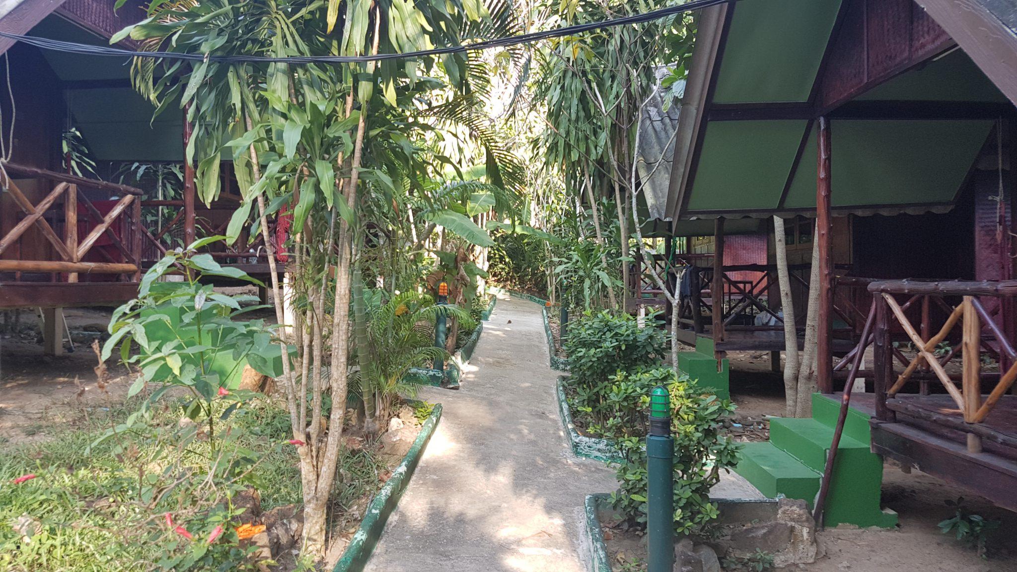 Thailand, Koh Chang ,The Grand Tree Resort, Backpackjunkies
