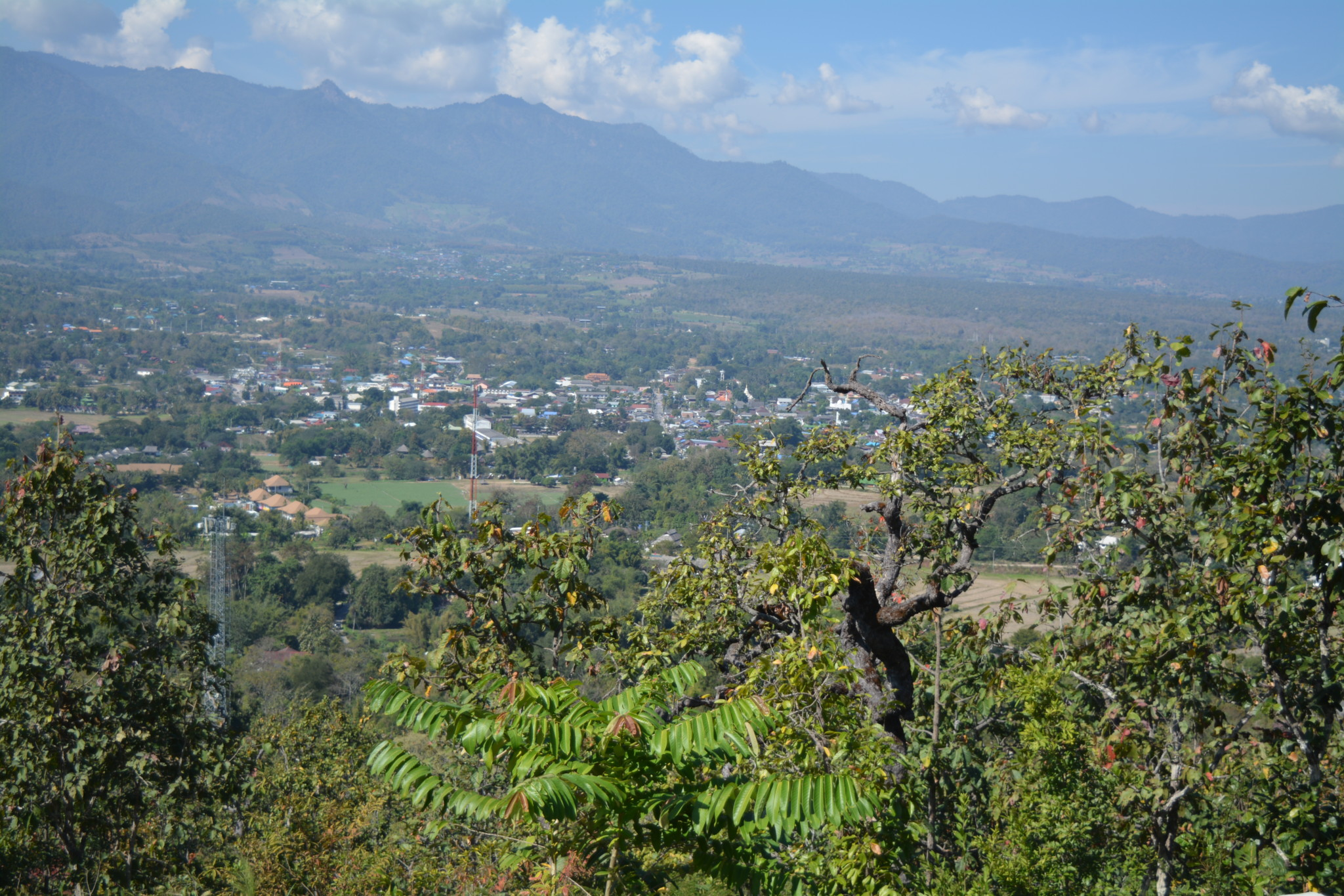 Pai, Wat Phra That Mae Yen, Witte Boeddha, Backpackjunkies