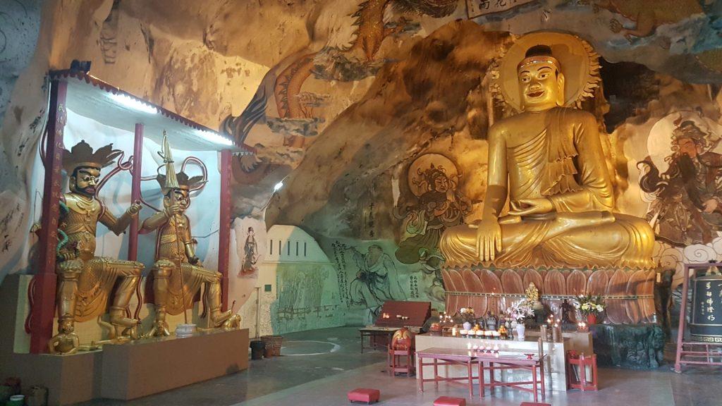 Ipoh, Perak Cave Temple, Backpackjunkies