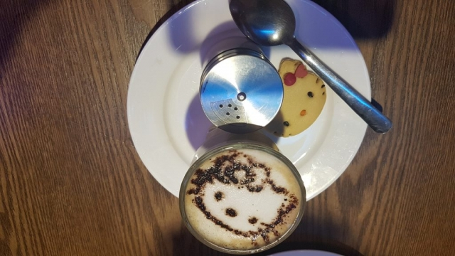 Kota Bharu, La Kitty Cafe, Backpackjunkies
