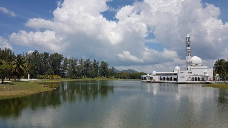 Kuala Terengganu, Masjid Tengku Tengah Zaharah, Backpackjunkies