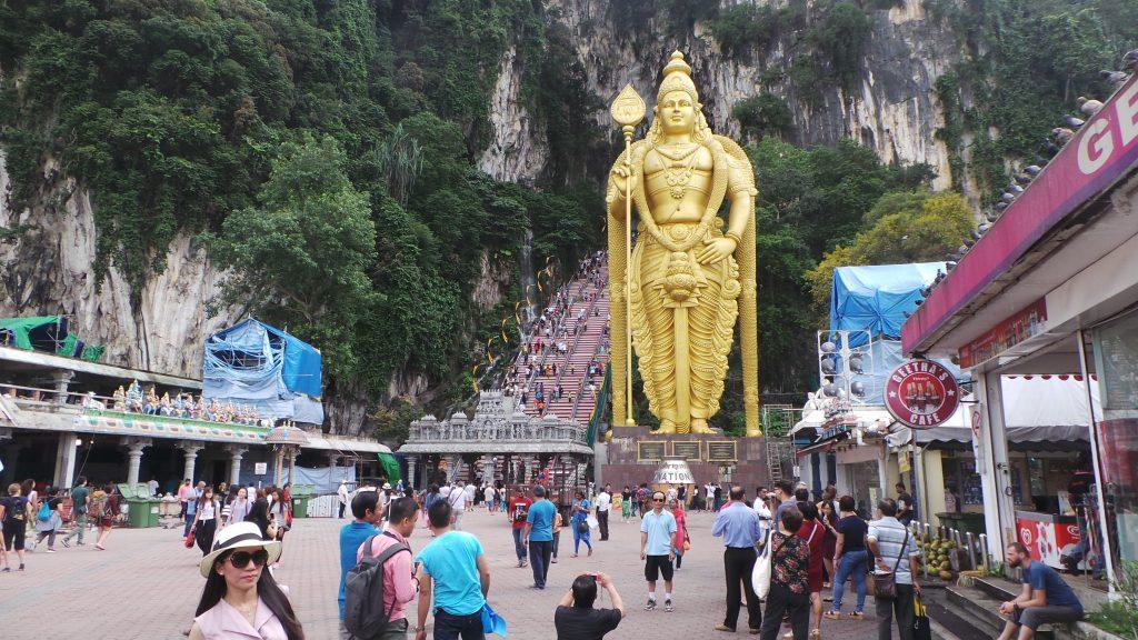 Kuala Lumpur - Batu Caves 04 - BackPackJunkies