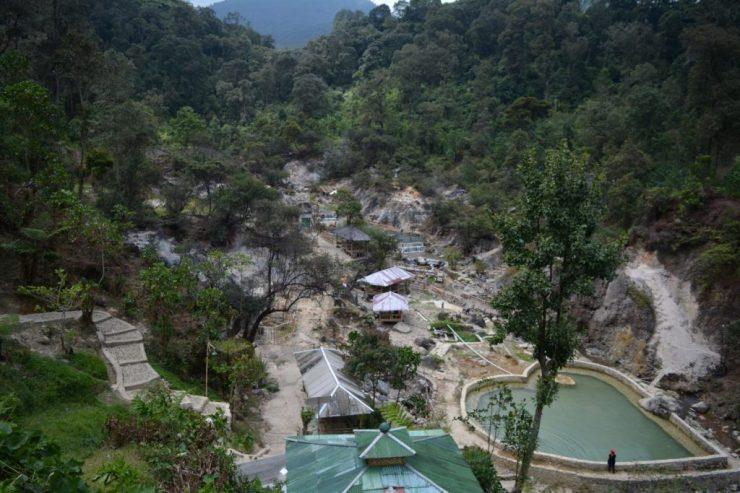 Bandung, Kawah Rengganis, Backpackjunkies