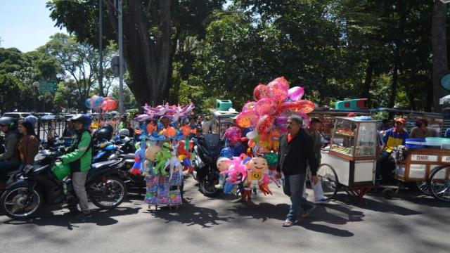 Bandung - Stad_07 - BackPackJunkies