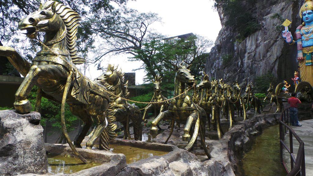 Kuala Lumpur - Batu Caves 10 - BackPackJunkies