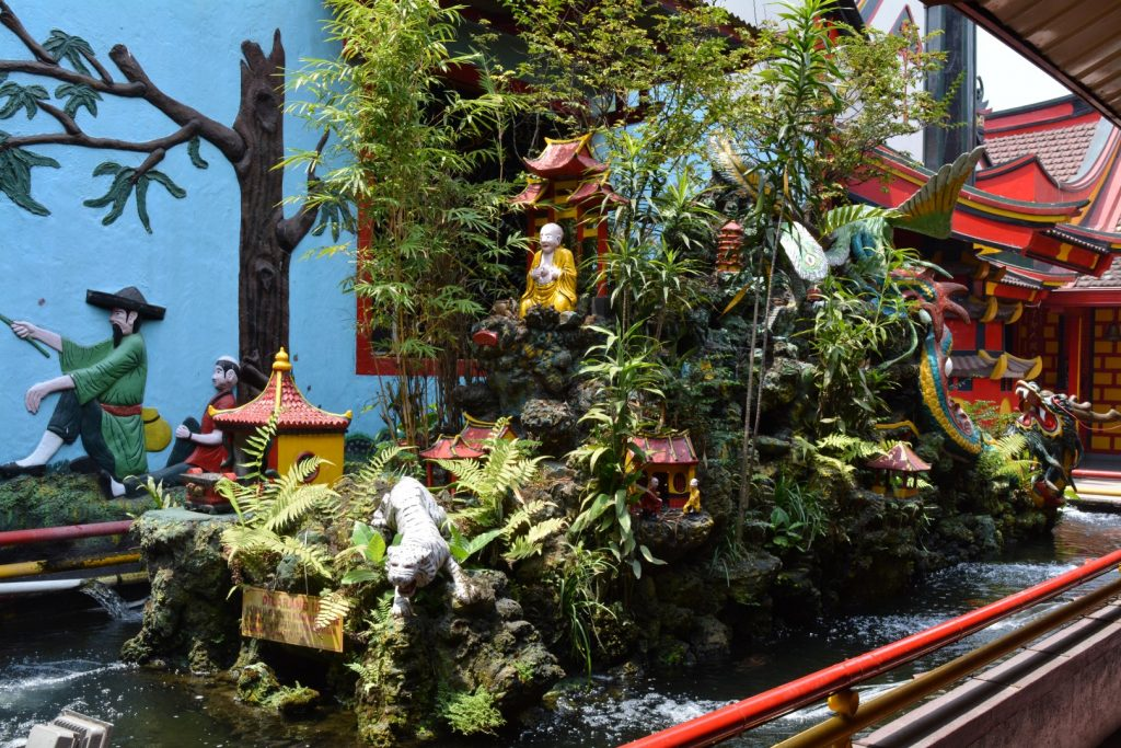 Malang, Eng An Kiong Temple, Backpackjunkies