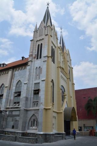 Malang, Kayutangan Church, Backpackjunkies