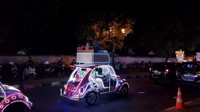 Yogyakarta, Alun Alun Kidul, Backpackjunkies