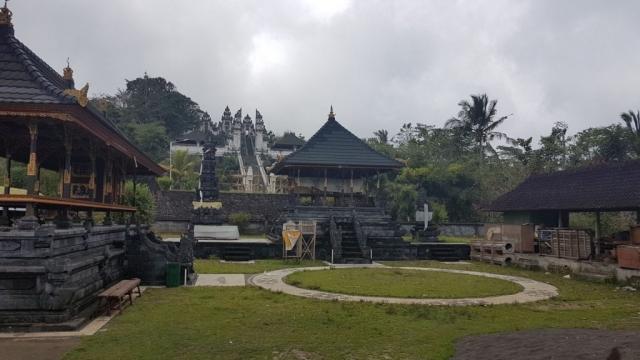 Bali - Lempuyang 02 - BackPackJunkies