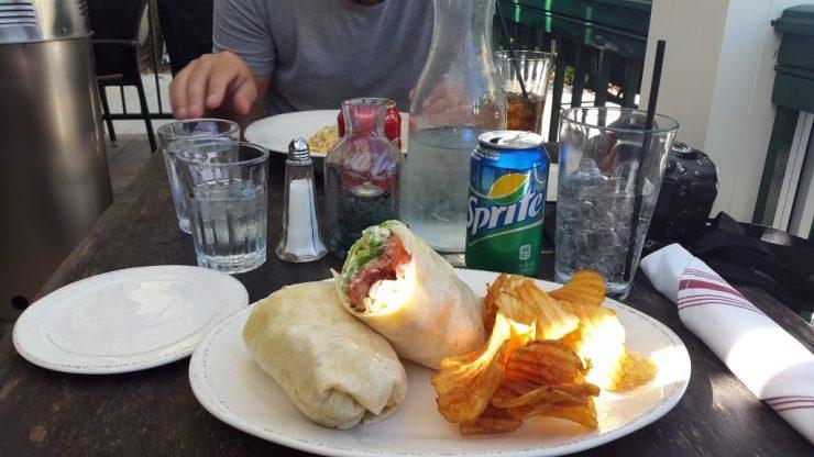 naples, lunch, backpackjunkies