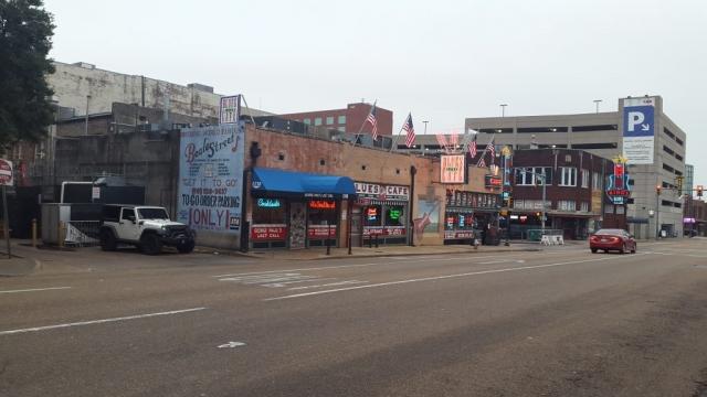 Memphis, Beale Street, Backpackjunkies