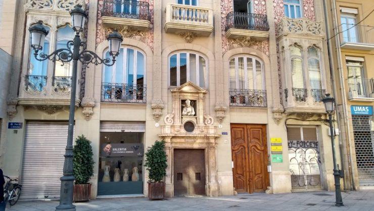 Valencia, Baja Bikes, Casa del Punt de Ganxo, Backpackjunkies