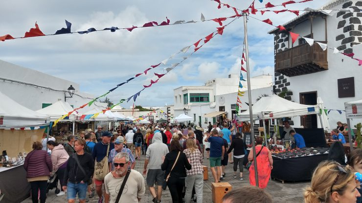 markt, teguise, lanzarote, canarische eilanden, backpackjunkies