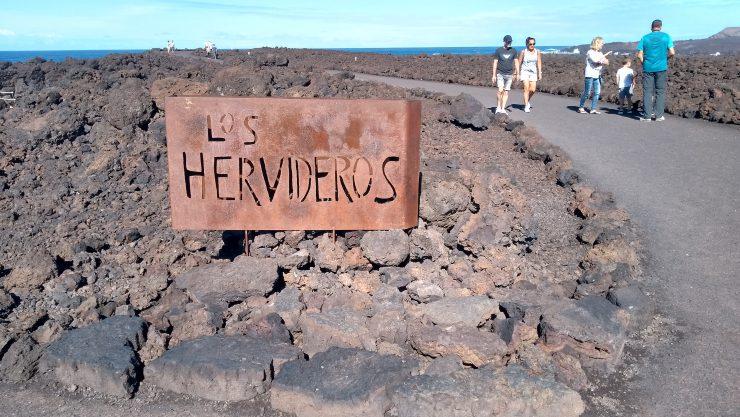 Lanzarote, Canarische eilanden, Los Hervideros, Backpackjunkies